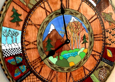 Mountain Living Clock